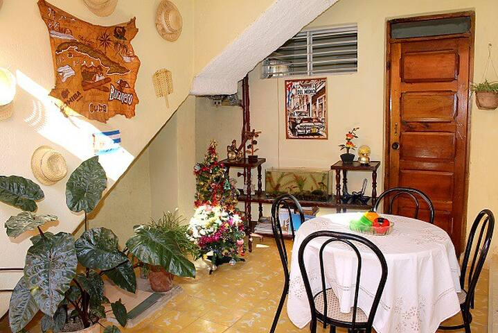 HostalBonetAldir#3. Private room, bath and terrace