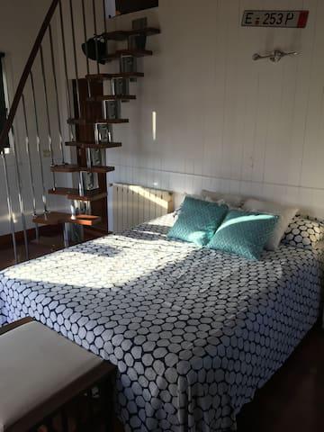 Habitación privada con Terraza y baño completo
