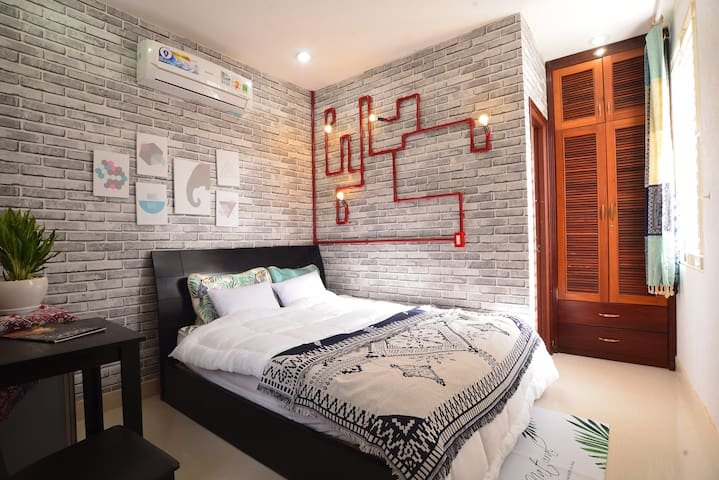 Private|Cozy Room with Natural Lighting in HCMC