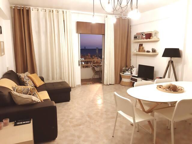 Relaxed & comfy private room @ Quarteira beach