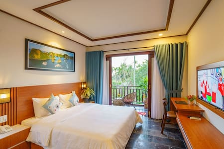 Double bed room/pool view in between beach & town