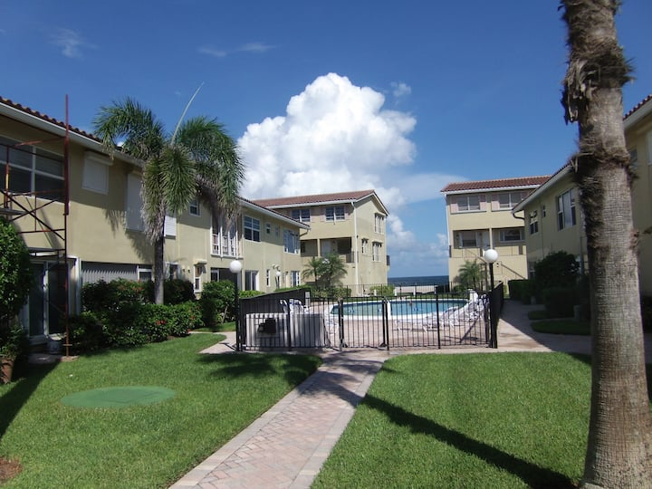 Beachfront private and spacious condo