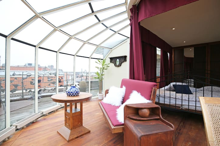Glass penthouse with suburb city view - Haarlem - Apartment