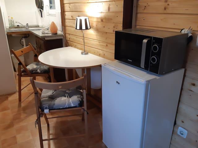 Schönes ein Zimmer Wohnung 120€ pro Tag