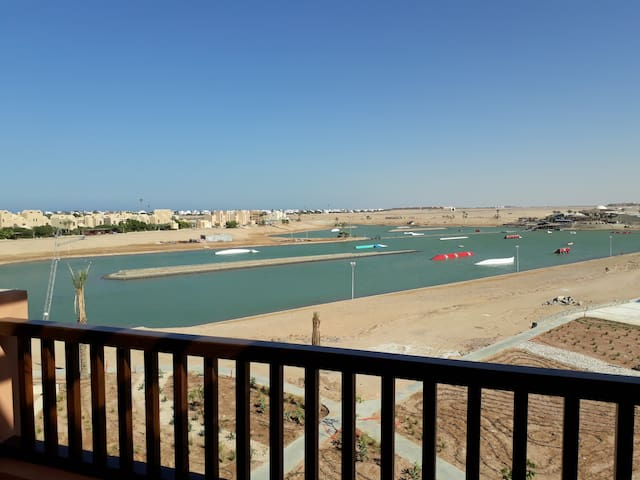 Brand-New 2BR Apt on Sliders Cable Park at Elgouna