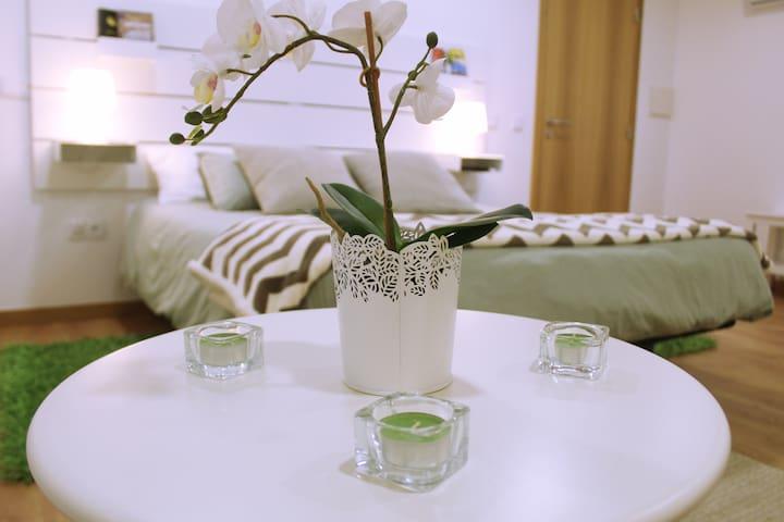 Sintra Cozy Suite