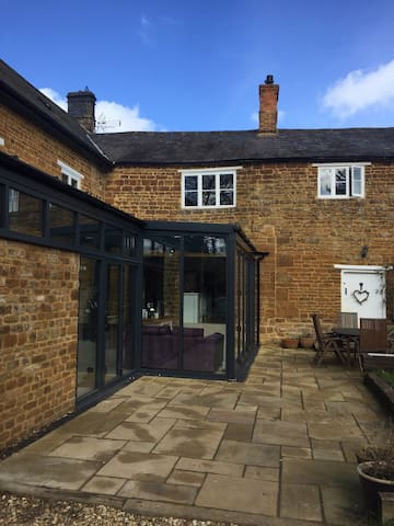 Spacious 1BR flat near Silverstone - Blakesley - Byt