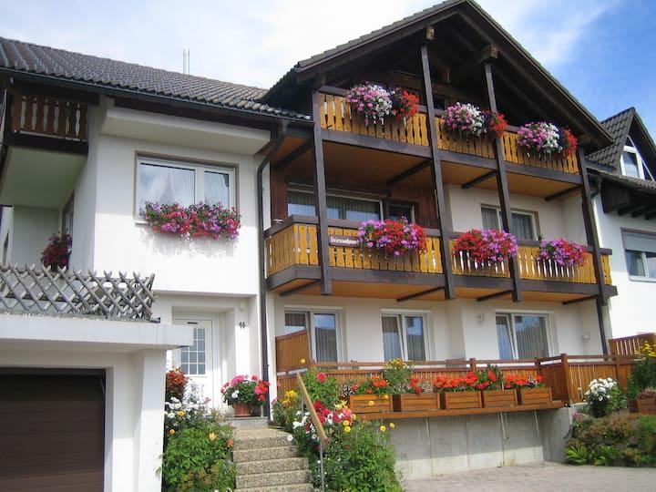 Ferienhaus Philipp Faller, (Breitnau), Ferienwohnung Margerite, 48qm, 1 Schlafzimmer, max. 2 Personen