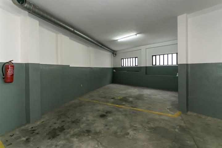 Porto 4 Flats- Metro Trindade III - 2 to 16 person