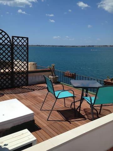 Bellissimo appartamento sul mare - Syrakuzy - Apartament