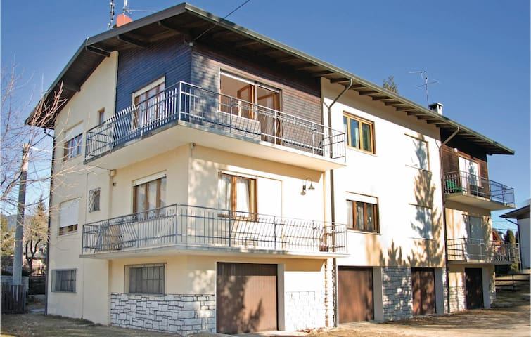 Holiday apartment with 3 bedrooms on 80m² in Asiago -VI-
