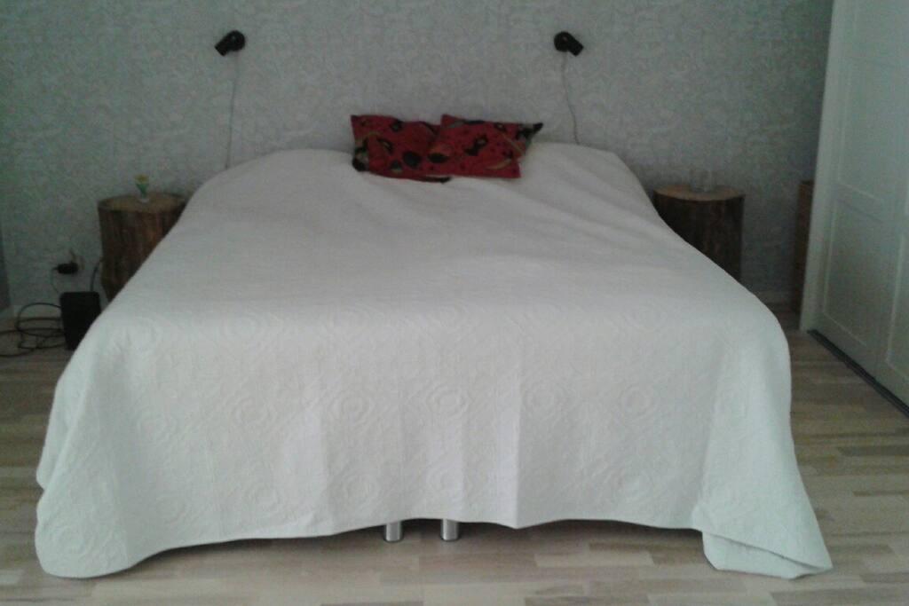 Master bedroom (open planning)