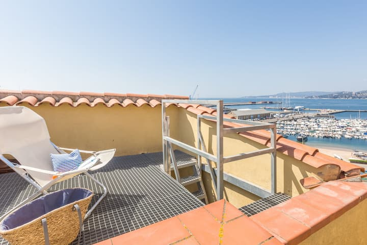 Nice and modern apartment in the center of Palamós 100 m from the beach