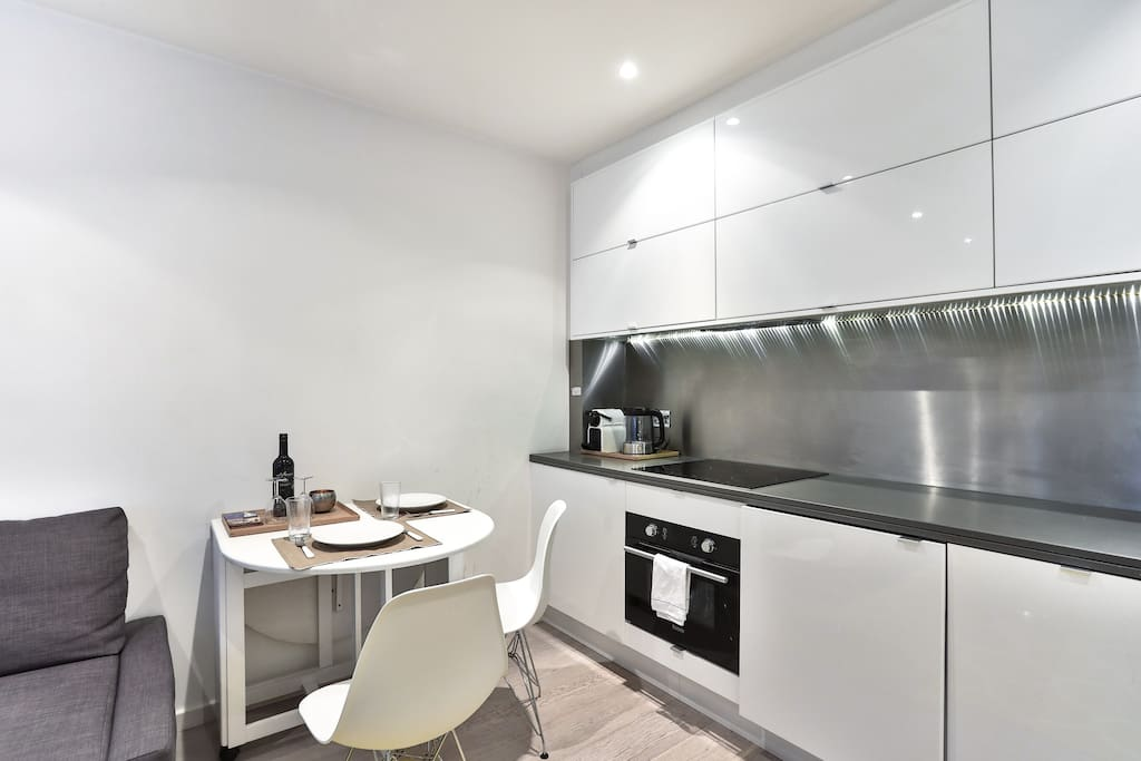 Living Roome with open kitchen