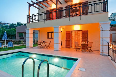 Villa pool & outdoor jacuzzi 10% OFF EARLY BOOKING - Spilia - Villa