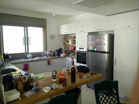 Amazing apartment in a prestigious area by the sea