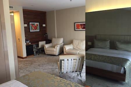 Family Suite Pendik - Pendik - Appartement