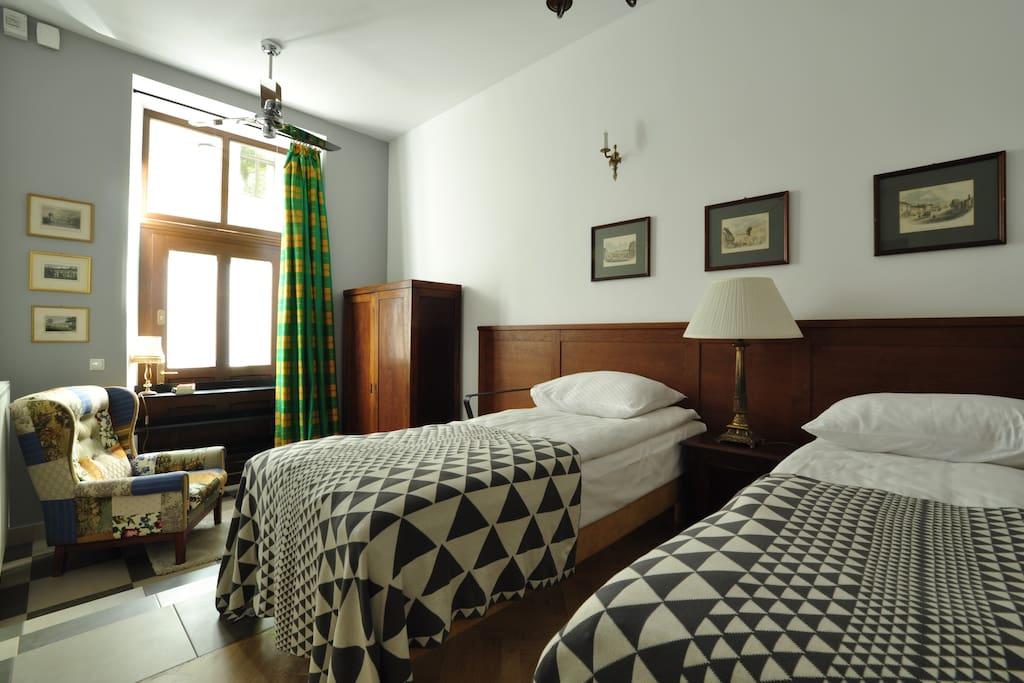 """Bedroom with """"reader's corner"""""""