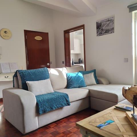 Margarida House - Stone Apartment