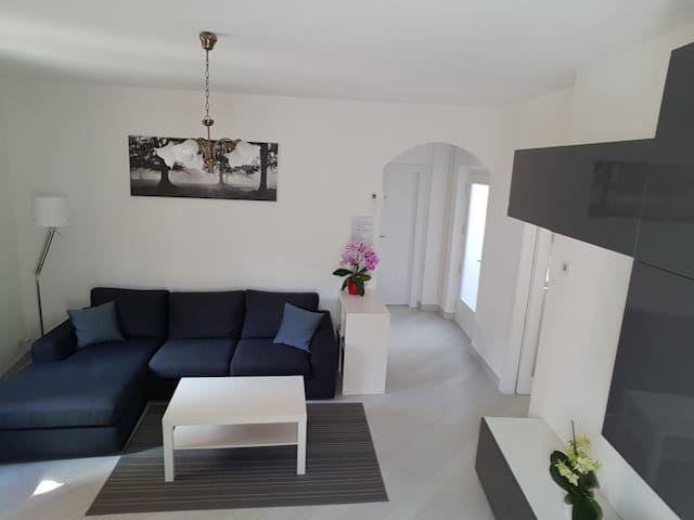Be at home in apartment nr ARCO /Free Wifi+Parking - Arco - Apartamento