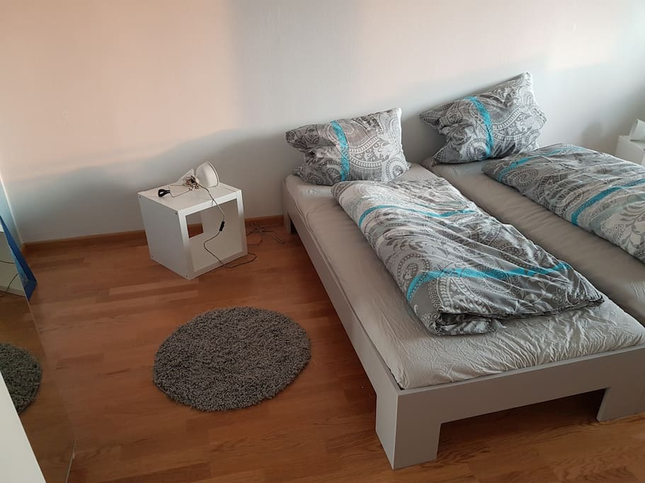 citynah mit herrlichem panoramablick apartments for rent in markt schwaben bayern germany. Black Bedroom Furniture Sets. Home Design Ideas