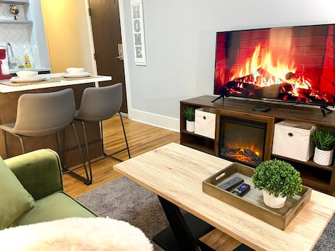 NEW! Cozy stay/Perfect for long stay, in Midtown!