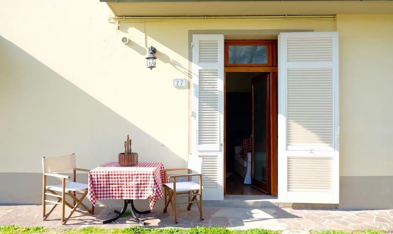 Colle d'Arte, Appartamento Lilla - Cerreto Guidi - Leilighet