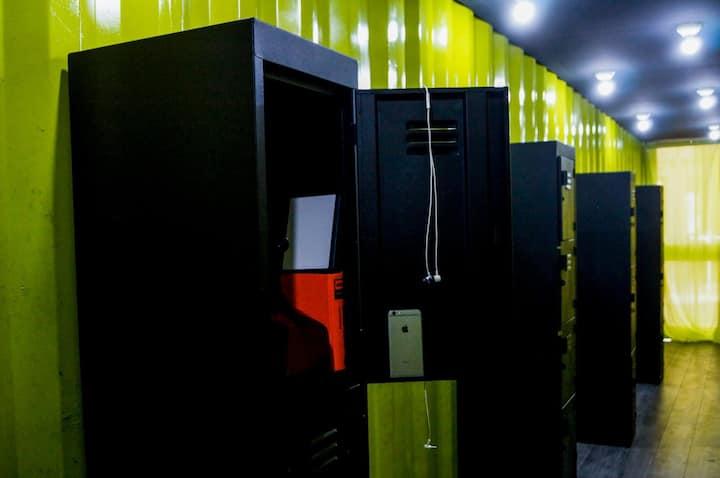 BED BOX YELLOW 3 TOLUCA AEROPUERTO