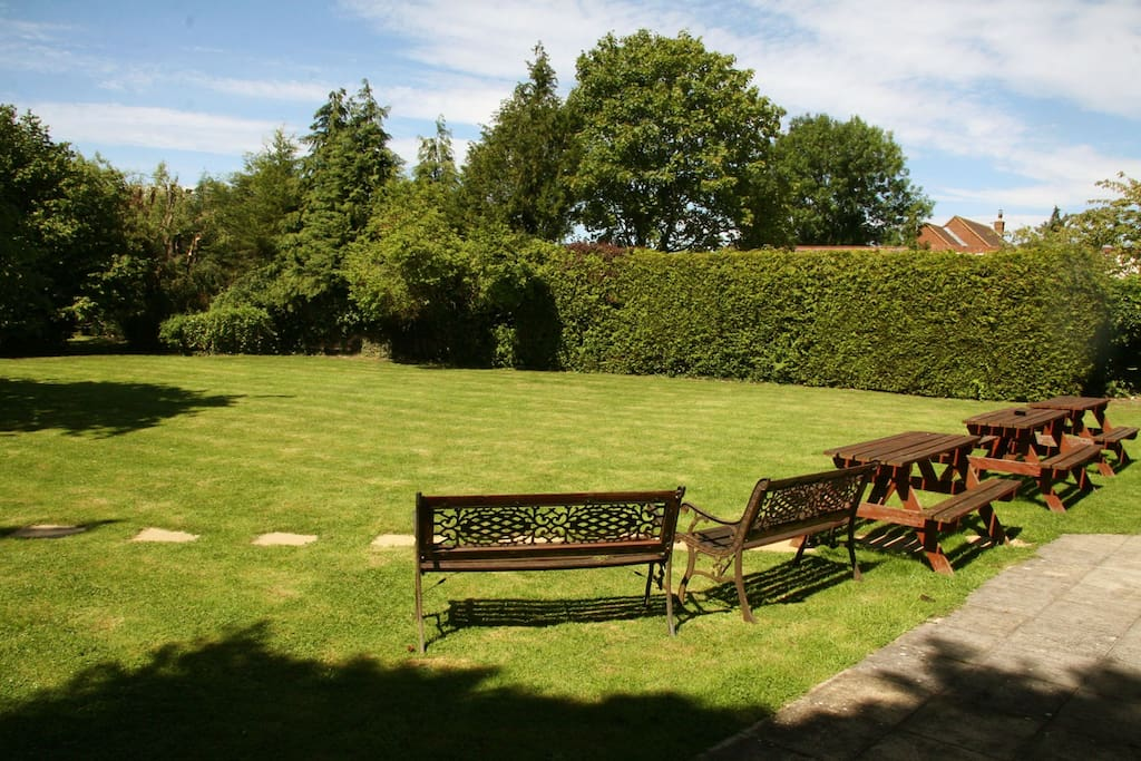 Private large garden