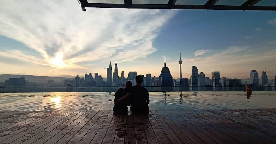 B2 Shared Home Petronas Tower View Sky Pool吉隆玻无边泳池