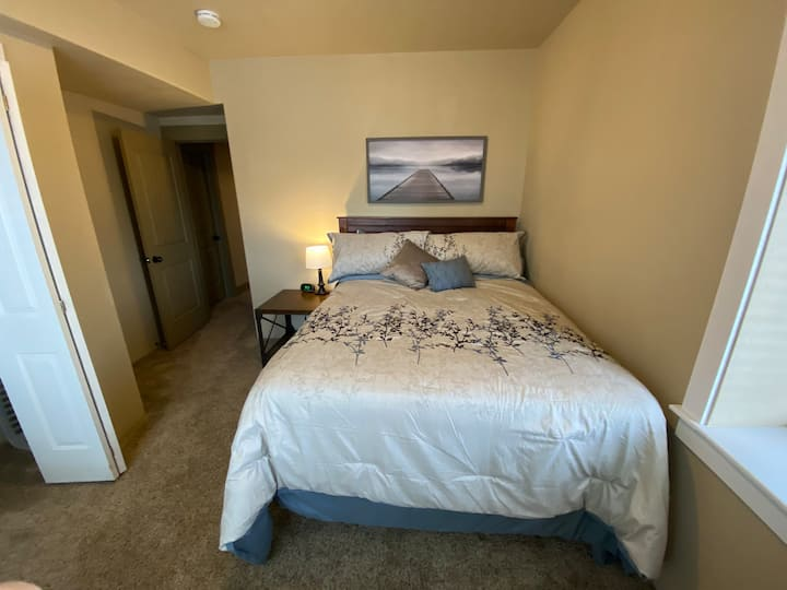 Private room in basement apartment. Rm#2