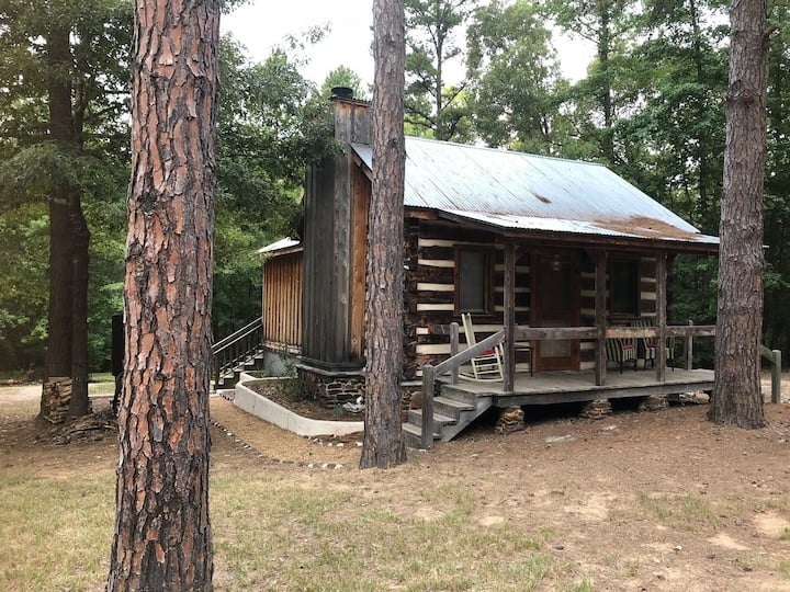 Coyote Creek Cabin, W/ Fireplace & Nature Trail