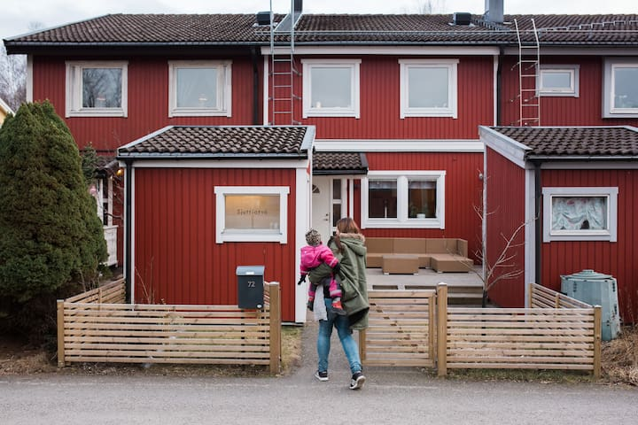 charming family friendly townhouse Handen/Stockolm