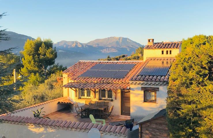 Haut de Villa sur collines niçoises