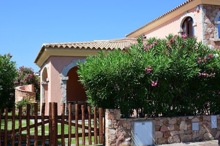 Villa Paola San Teodoro via del mare