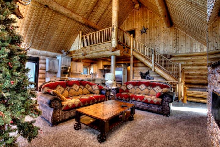 Beautiful Cedar City Mountain Cabin Get Away