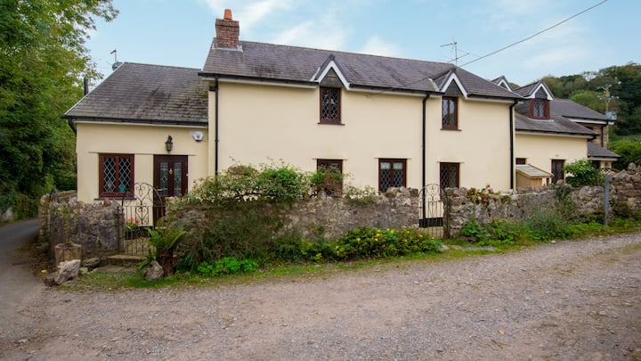 Ash Cottage, 2 Bed