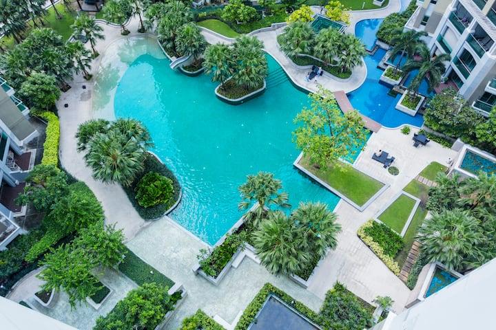 精装一室一厅五星级酒店式公寓,紧邻地铁购物中心,带露天泳池和空中花园