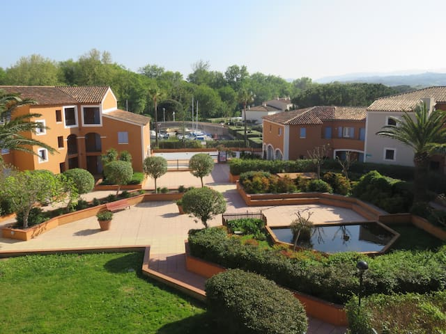 Bel appartement aux portes de Saint-Tropez - Cogolin - Flat