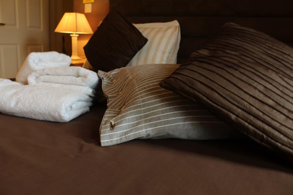 Crisp Linen and fresh towels