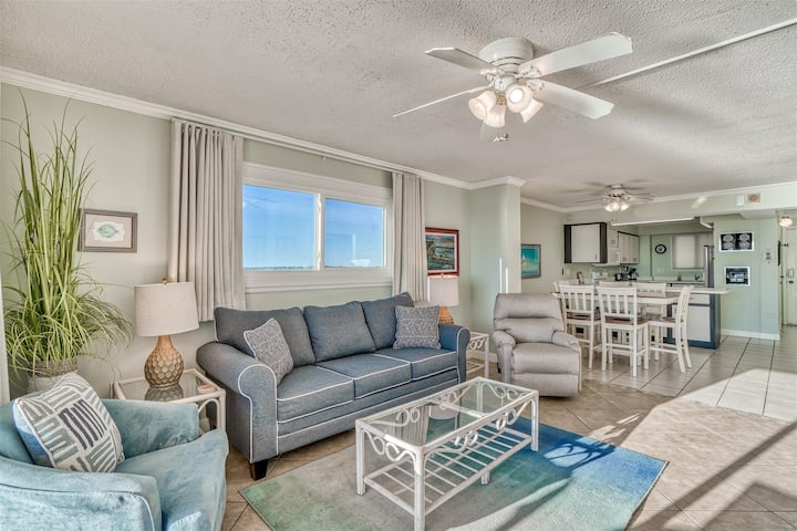 Regency Towers #605 - 1 Bd 2 Ba - Gulf Front View - FREE BEACH CHAIRS