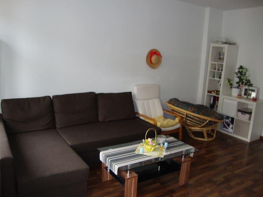 helles zimmer in stadionn he wohnungen zur miete in leipzig sachsen deutschland. Black Bedroom Furniture Sets. Home Design Ideas