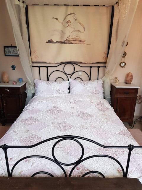 Piękny EnSuite Room1 w Milinie (ze śniadaniem)