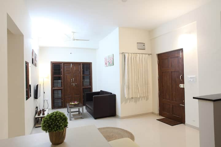 Cozy 2BHK on G Floor-WAY TO Near Electronic city.