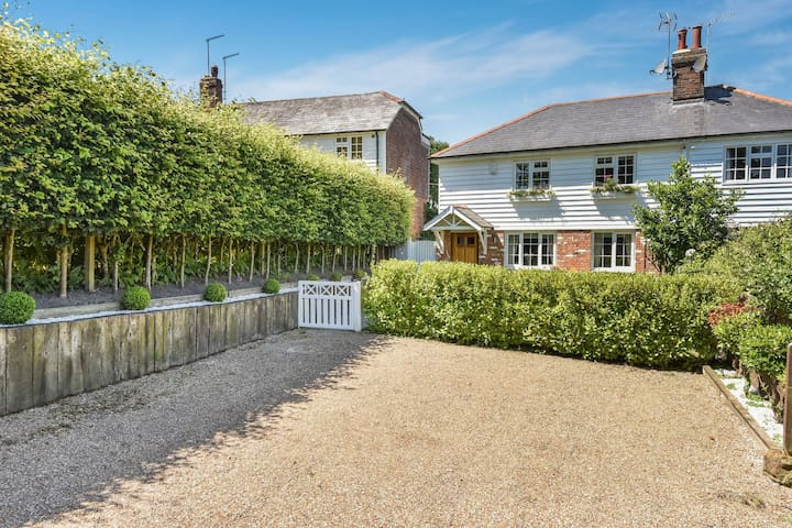 Peaceful Holiday home in Ticehurst  with Terrace