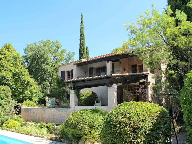 100 m² holiday house in Lorgues