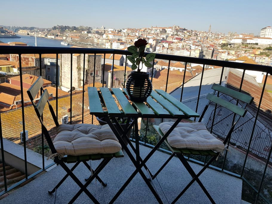 Balcony with view from de Douro River and Porto Old Town