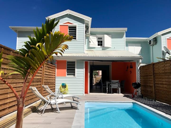 Maison neuve pour 4 pers, piscine et plage à 800m