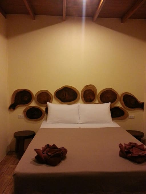 Rafflasia double room with big quine size bed