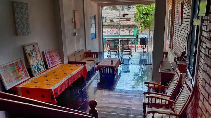 Laksharee Guest House - Hikkaduwa